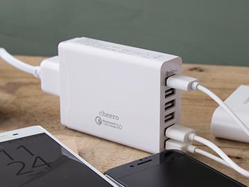 6台同時に急速充電可能な Qualcomm Quick Charge 3.0対応 ACアダプター