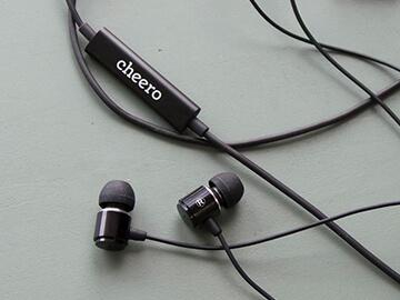 Apple社の高音質モジュールLAM(Lightning Audio Module)を搭載